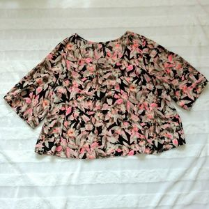B Jewel Floral Blouse Crop Too size Large